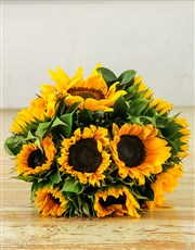 Sunflower bouqet in brown paper