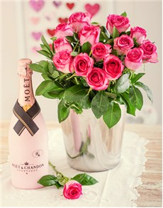 Moet et Chandon Roses Hamper