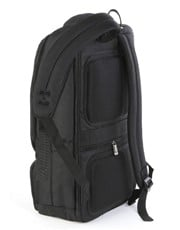 "The spacious 17"" Mulipocket Laptop Backpack in Bla"