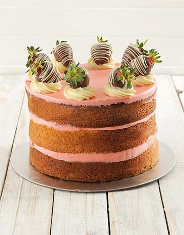 cakes: Strawberry and Vanilla Naked Cake!