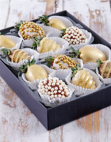 bakery: Gold Bells Dipped Strawberries!