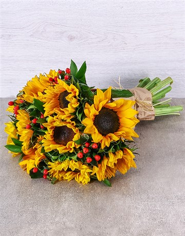 sunflowers: Sunflower and Hypericum Bouquet!