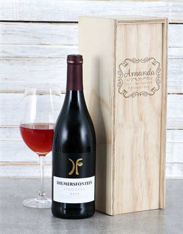 fine-alcohol: Personalised Vintage Frame Wine Crate!
