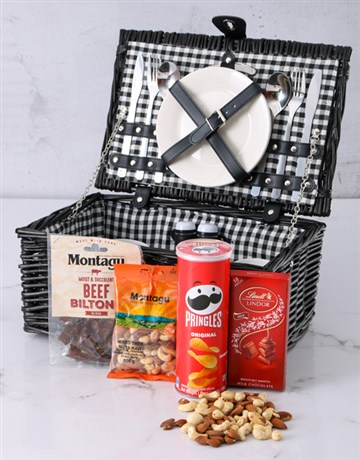 valentines-day: Snackers Picnic Basket!
