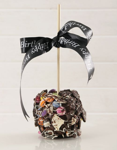 candy-apples: Chocolate Candy and Cookie Crunch Candy Apple!