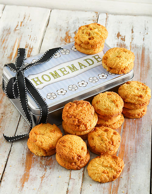 cookies-and-biscuits: Caramel Chip Cookie Tin!