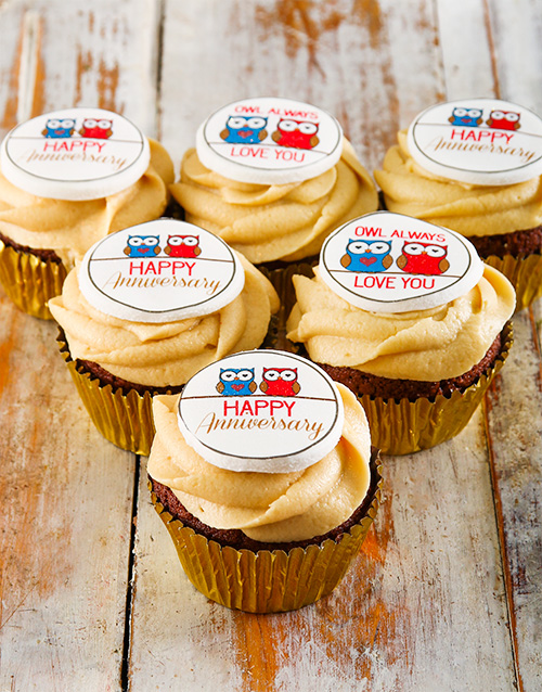 cupcakes: Anniversary Cupcakes!