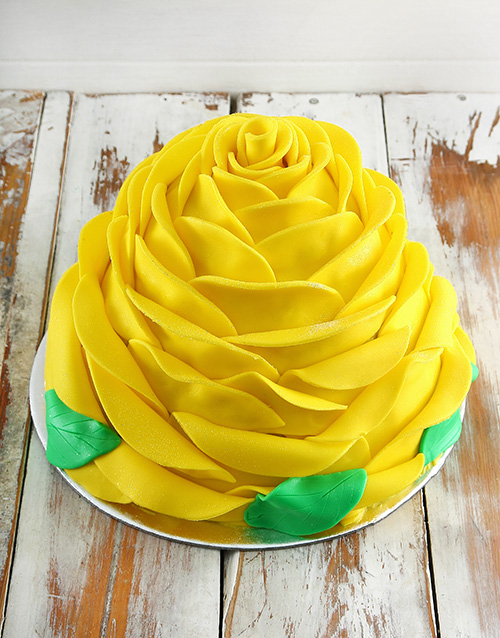 cakes: Yellow Lemon Rose Cake!