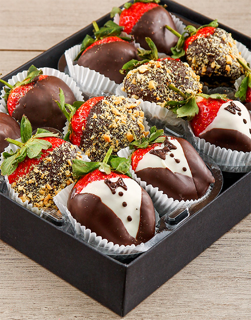 dipped-strawberries: Dipped Strawberry Groom Box!