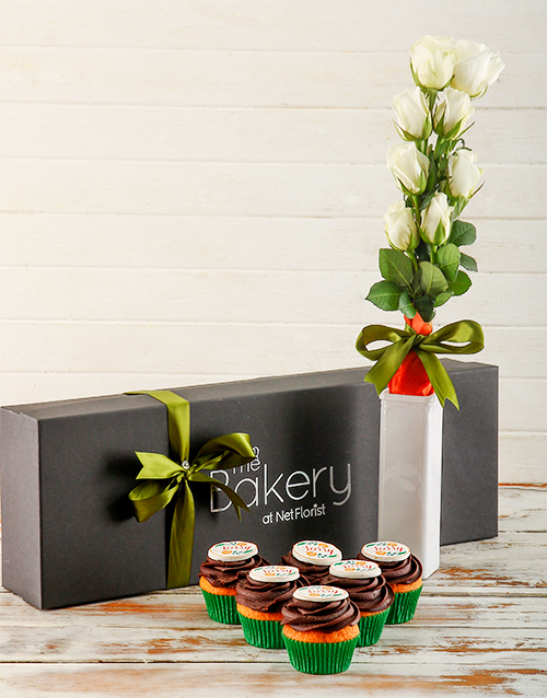 flour-and-flower-collection: Sorry Cupcakes and Flowers Gift Box!