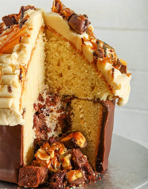pinata-cakes-and-cupcakes: Peanut Butter Giant Pinata Cupcake!