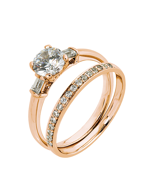 love-and-romance: 9KT Round and Baguette Cubic Ring Set!