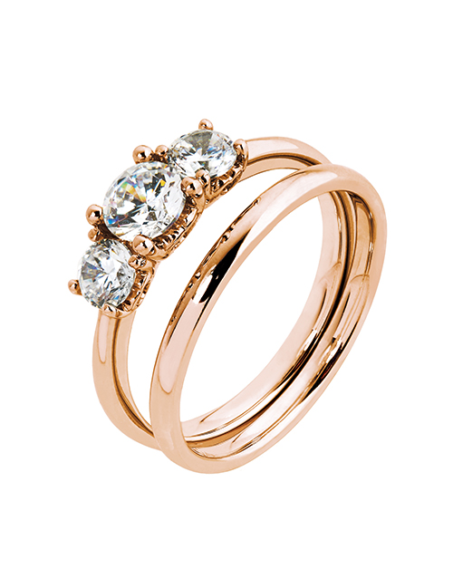 love-and-romance: 9KT Claw Set 3 Stone Cubic Ring Set!