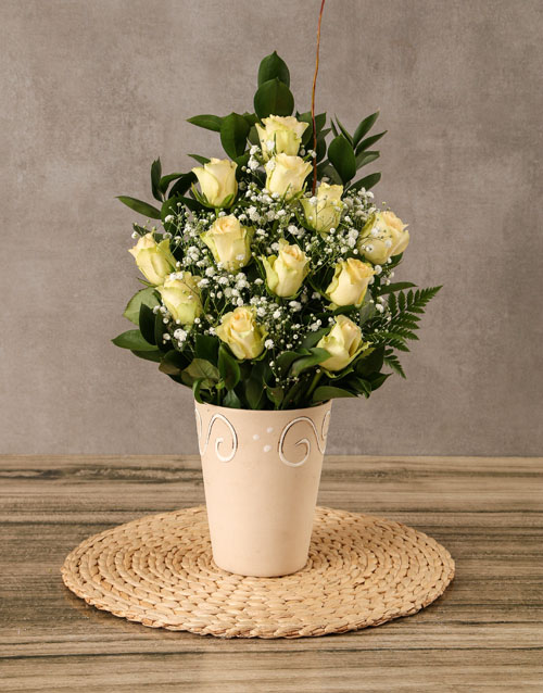 best-sellers: Arrangement of Cream Roses!