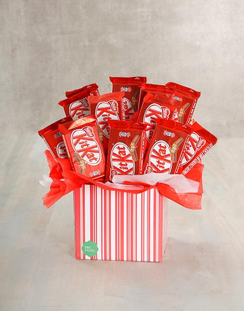 anniversary: Kit Kat Cluster Box!