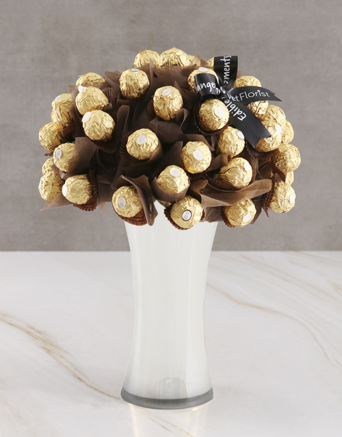 new-years: Gold Ferrero Edible Arrangement!