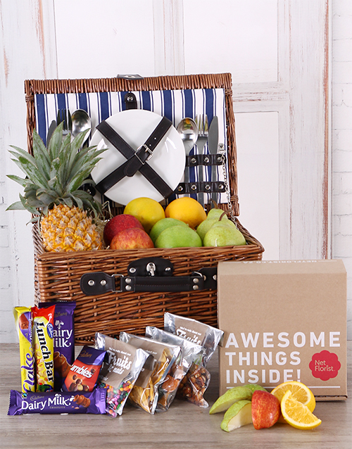 gourmet: Fruit and Chocolate Picnic Basket!
