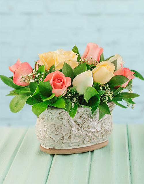roses: Mixed Roses in an Oval Pot!