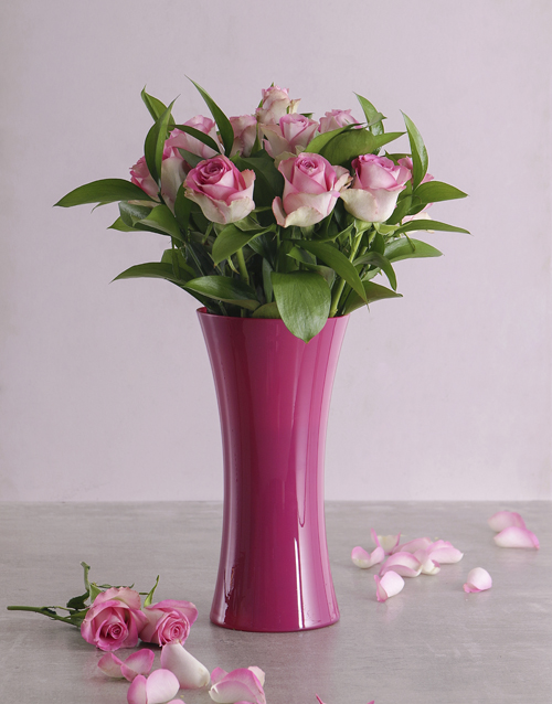 birthday: Pink Roses in a Pink Vase!