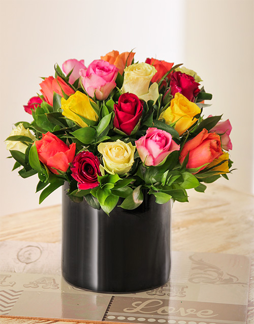 roses: Mixed Roses in a Cylinder Black Vase!