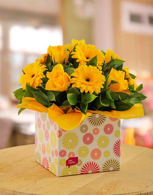 friendship: Yellow Gerbera & Rose Circle Box!