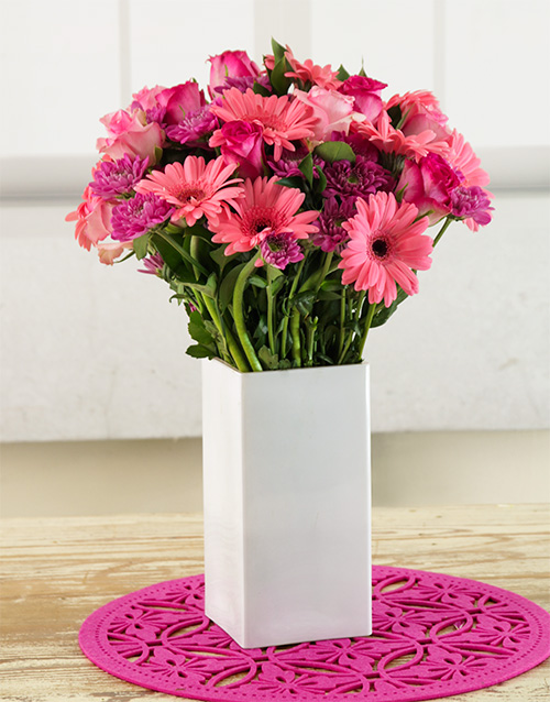 Pink Ladies Arrangement Online