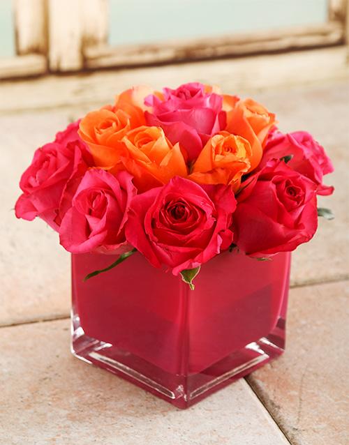 coloured-vases: Pink Sky Rose Vase!