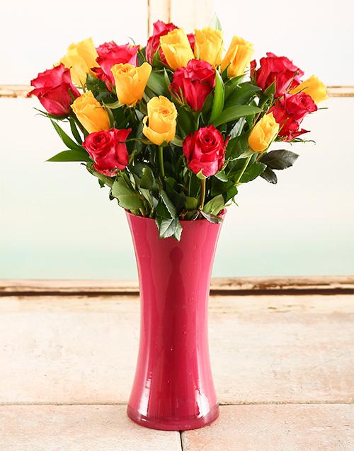 roses: Yellow & Pink Rose Vase!