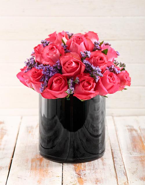 coloured-vases: Pop of Pink Arrangement!