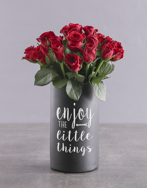 house-warming: Red Roses in Chalk Vase!