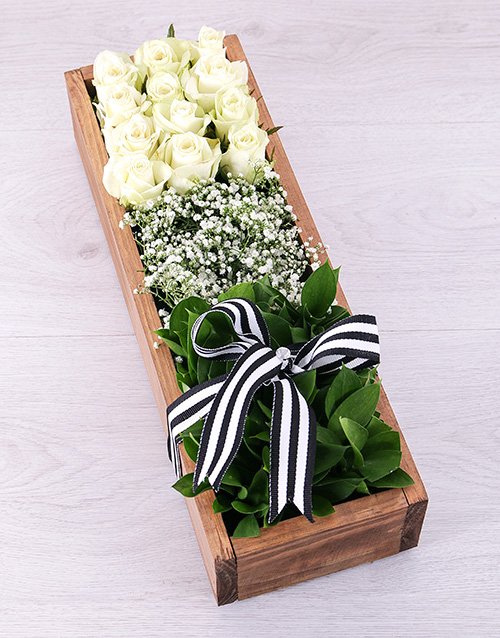 wooden-crates: White Rose Rectangular Crate!