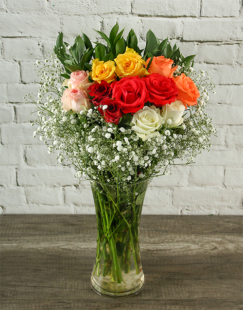 vase: Mixed Roses Flowering Bouquet in a Vase!