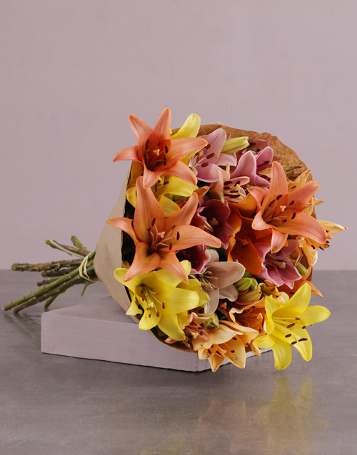 best-sellers: Lilies in Craft Paper!