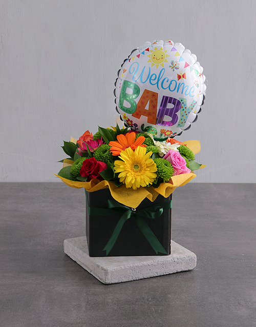 baby: Gender Neutral Floral Box with Balloon!