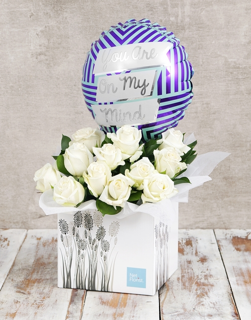 colour: On My Mind Balloon and White Rose Box!