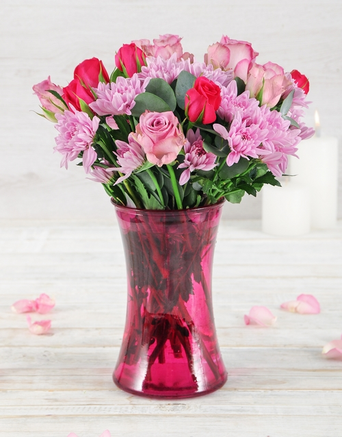 coloured-vases: Roses and Sprays in Lady Pink Vase!