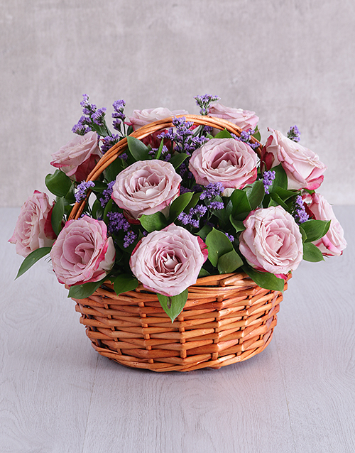 speciality: Variegated Rose and Latifolia Basket!