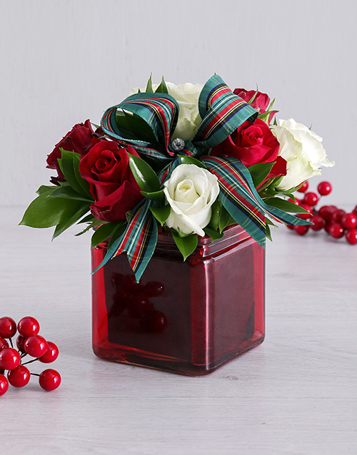 colour: Petite Red and White Rose Arrangement!
