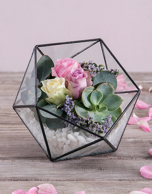 bosses-day: Rose Succulent Terrarium!