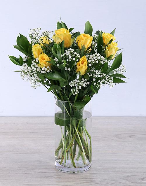 get-well: Yellow rose arrangement in a vase!