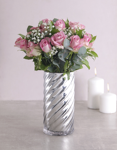 birthday: Pink Roses and Twirl Vase!