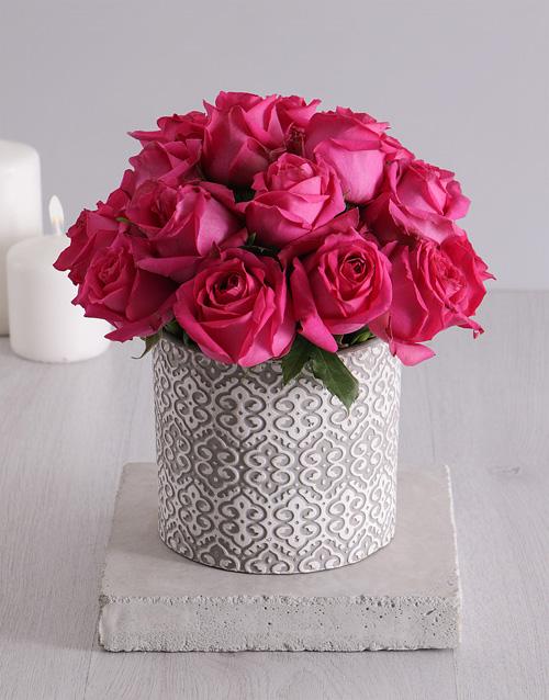 pottery: Heartfelt Cerise Roses in Vase!