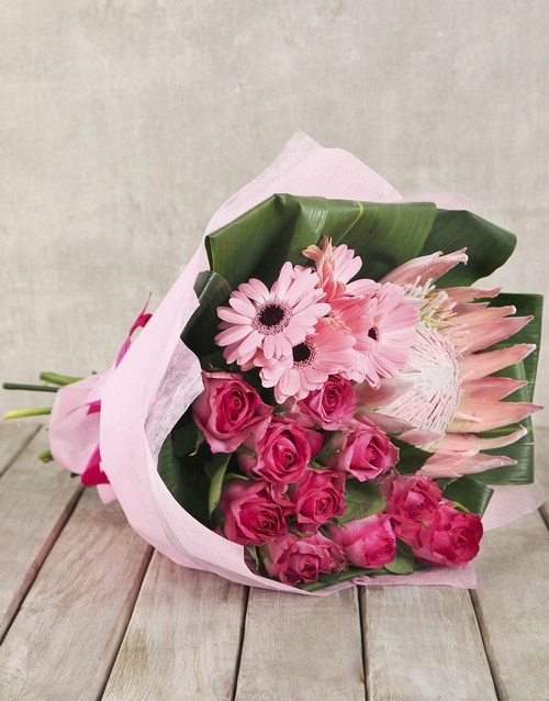 proteas: Trio of Gerberas Pink Roses and a King Protea!
