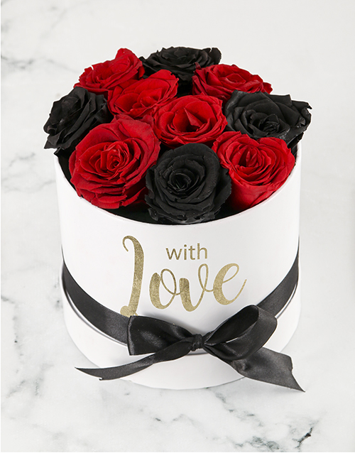 love-and-romance: Fairytale Red and Black Roses!