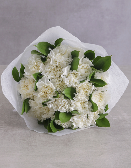grandparents-day: Crisp White Carnation Cluster!
