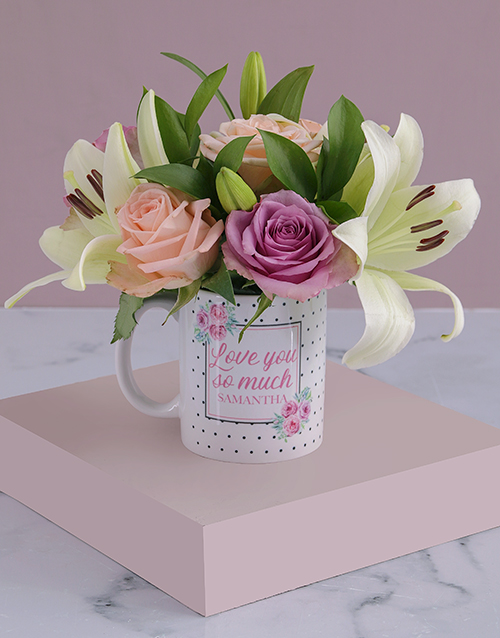 love-and-romance: Personalised Love You Lilies and Roses Mug!