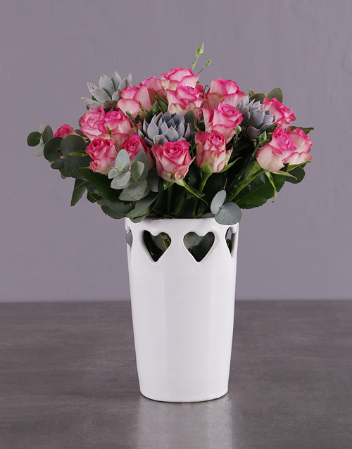 colour: Pink Roses in a Love Vase!