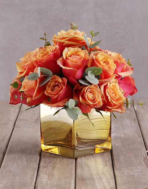 roses: Cherry Brandy Roses In Gold Vase!