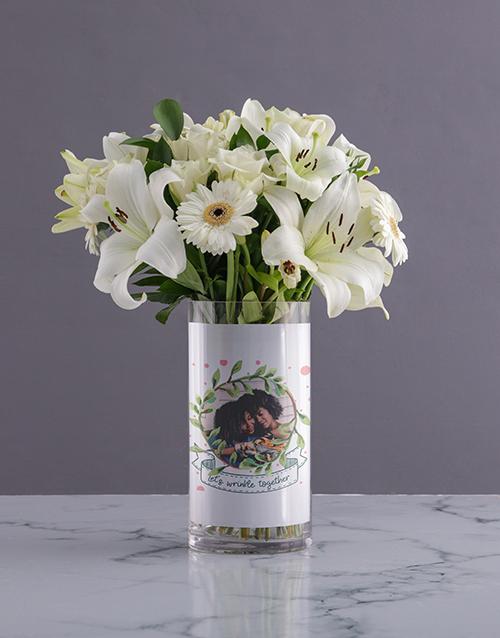 personalised: Personalised White Flowers in Wrinkle Photo Vase!