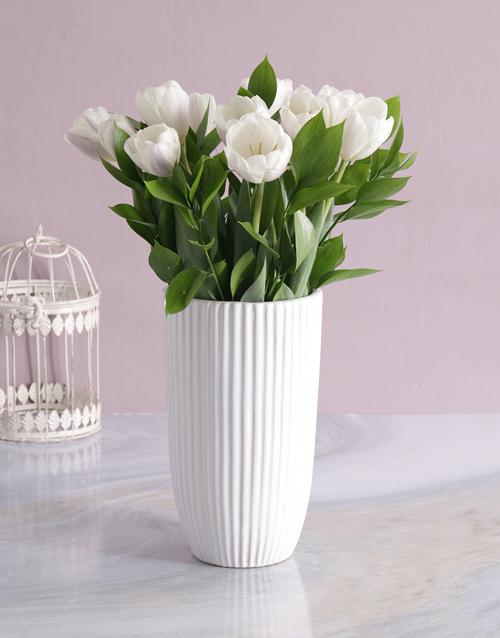 colour: Exquiste White Tulip Delights!